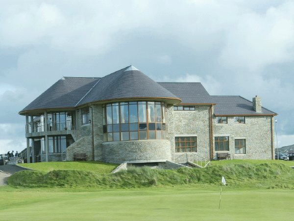 Ballyliffin Golf Clubhouse