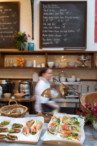 Restaurant-18.jpg