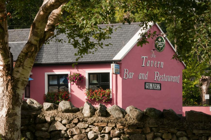 Tavern Bar & Restaurant, The