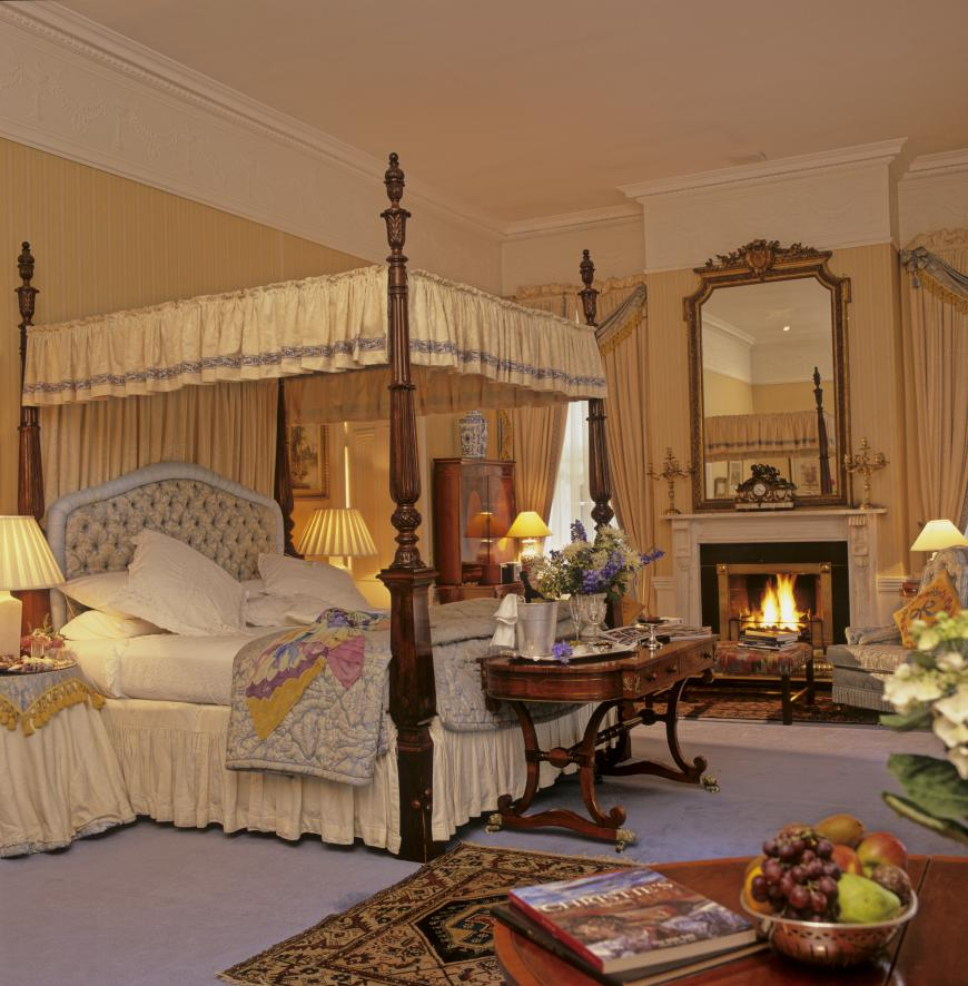 Stopford state bedroom.jpg