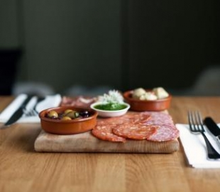 The Black Pig - Anti Pasto