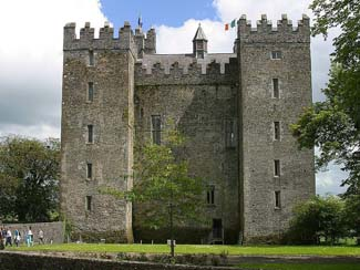 Bunratty Castle & Folk Park - Bunratty County Cork Ireland