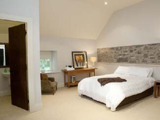 Clonabreany House - Self Catering Accommodation County Meath - Bedroom