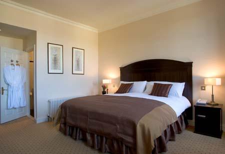 Baileys Hotel Cashel - Bedroom