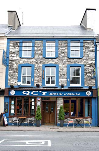 Quinlan & Cooke Boutique Townhouse & QCs Seafood Restaurant