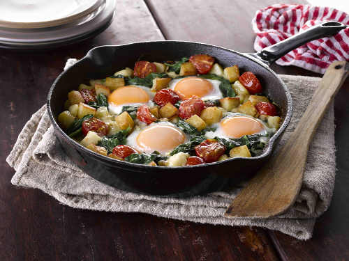 Diced Potatoes with Spinach and Eggs