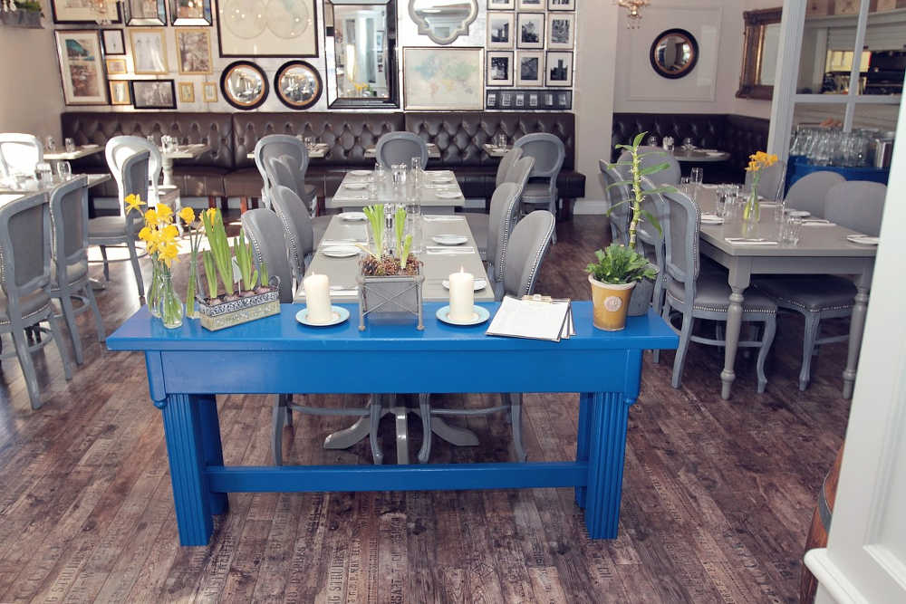 Sash Restaurant - Blue Table