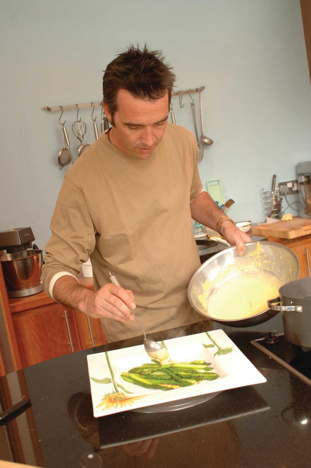 Kevin Dundon cooking asparagus