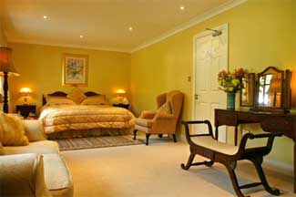 Hanoras Cottage - County Waterford Wedding Venue - Bedroom