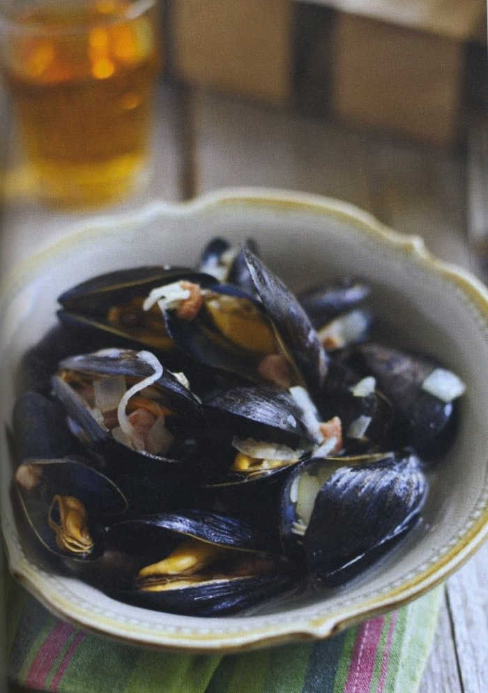 Mussels with Bacon and Irish Cider