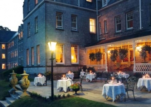 Park Hotel Kenmare - Dining on the terrace