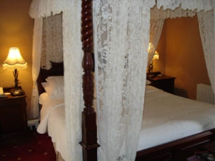 Inch House Country House - Thurles County Tipperary Ireland - bedroom