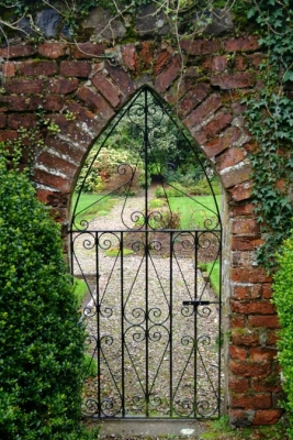 Newforge House - Garden Gate