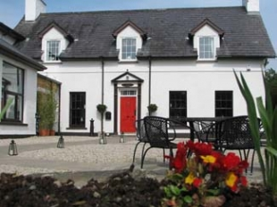 The Red Door Restaurant & Bar - Fahan County Donegal Ireland