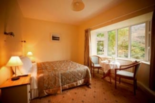 Gougane Barra Hotel - Gougane Barra County Cork ireland - Bedroom