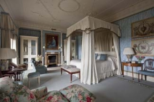 Ballyfin House - Ballyfin Demesne County Laois Ireland - bedroom