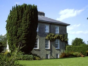Glebe Country House - Back of House and Garden