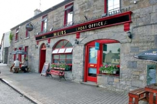 Weirs Bar & Restaurant - Multyfarnham County Westmeath Ireland