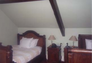 Allos Restaurant - Listowel County Kerry ireland - Bedroom