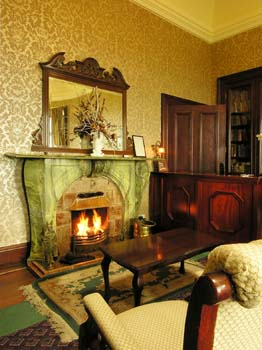 Ballinalacken Castle Country House - Lounge