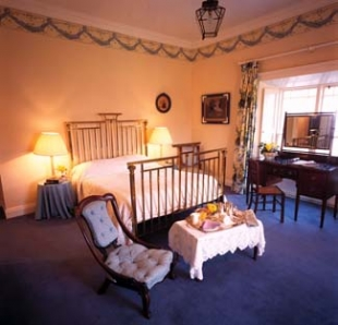 Rosleague Manor Hotel - Letterfrack County Galway Ireland - Bedroom