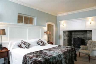 Moy House - Double Bedroom
