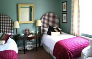 Powersfield House B&B - Dungarvan County Waterford Ireland - twin bedroom