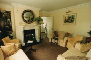 Powersfield House B&B - Dungarvan County Waterford Ireland - guest lounge