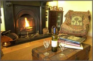 Railway Lodge - Oughterard County Galway ireland - Fireside