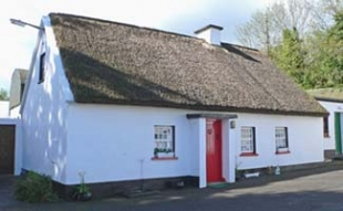 Glenview House - B&B Ballinamore County Leitrim Ireland - Thatched Cottage