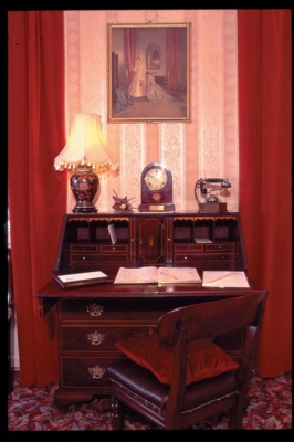 Richmond House - Writing Desk
