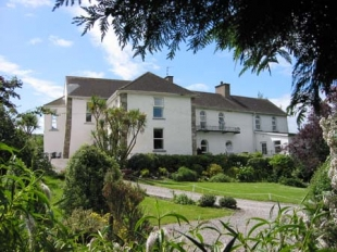 The Castle Country House - Millstreet Dungarvan County Waterford Ireland