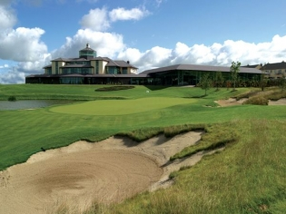 The 18th and Clubhouse