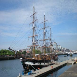 Jeanie Johnston Tall Ship Famine Museum - Custom House Quay Dublin 1 Ireland